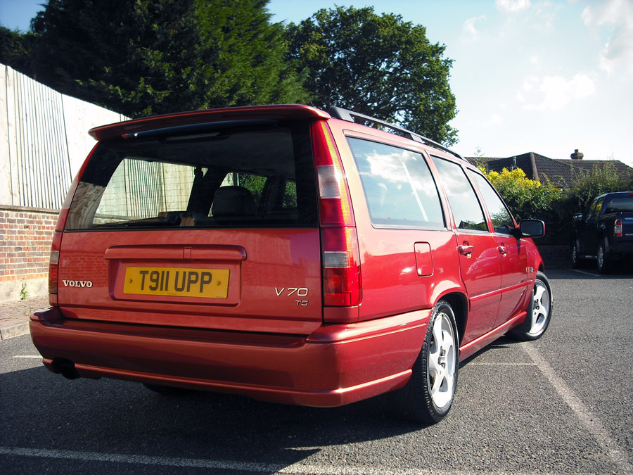 classic v70 t5 manual how rare page 1 volvo pistonheads. Black Bedroom Furniture Sets. Home Design Ideas
